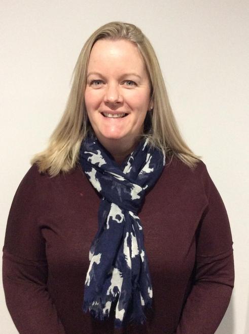 Mrs L Hunt - SMSC link governor