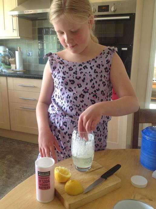 EB science experiment making lemonade