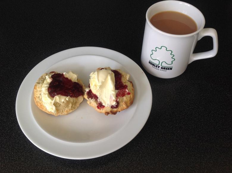 I like jam then cream. Delicious!