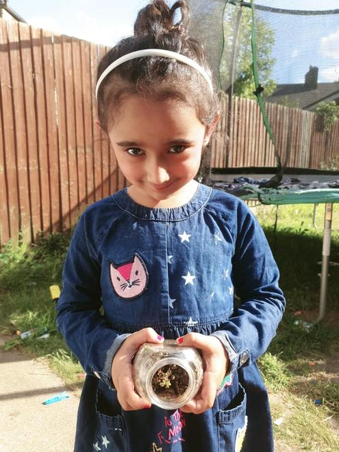 Sargun planted her seeds in a jar!