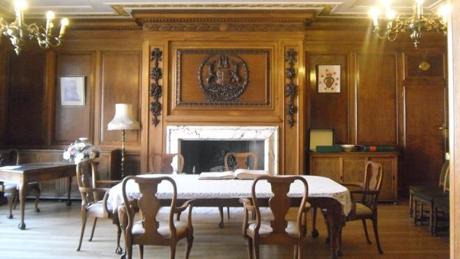 The Lord Mayor's meeting room