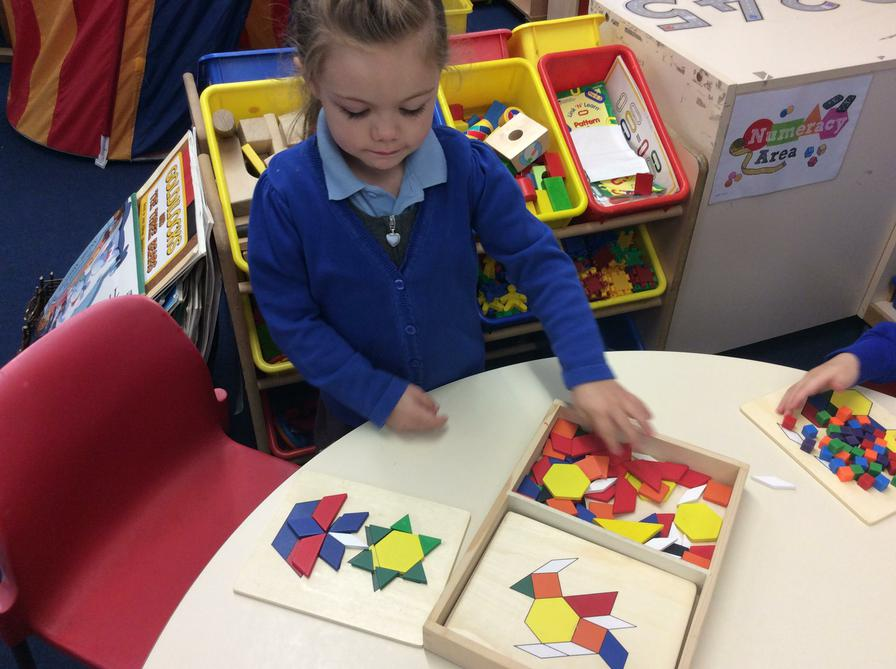 Matching 2D shapes