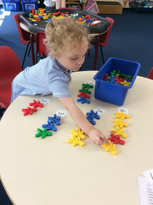 Matching numeral and quantity