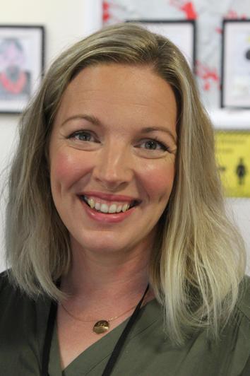 Mrs Davies, Year 5 Teacher