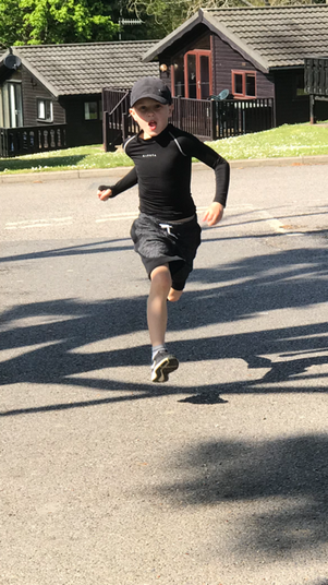 Oscar is running 100km