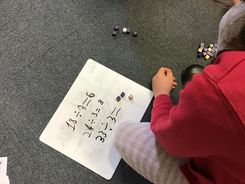 Solving problems using cubes