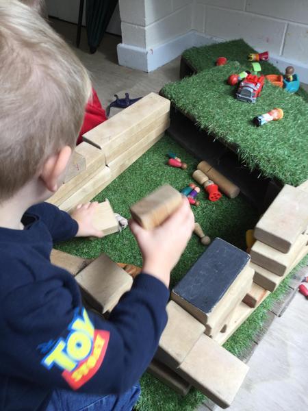 Creating dinosaur homes