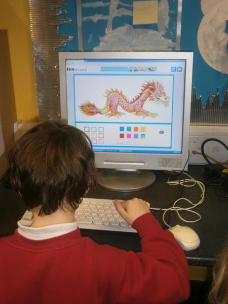 Colouring Chinese dragons on the computer