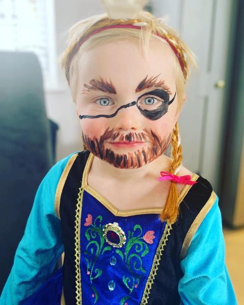 Pirate Anna!