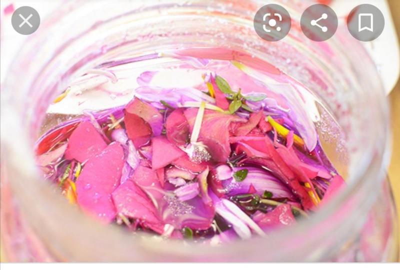Flower petal perfume