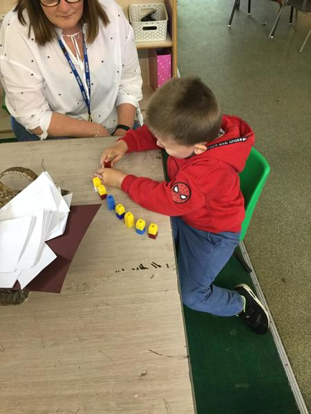 Partitioning numbers using cubes