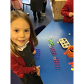 There are lots of pairs of numbers that make 10.