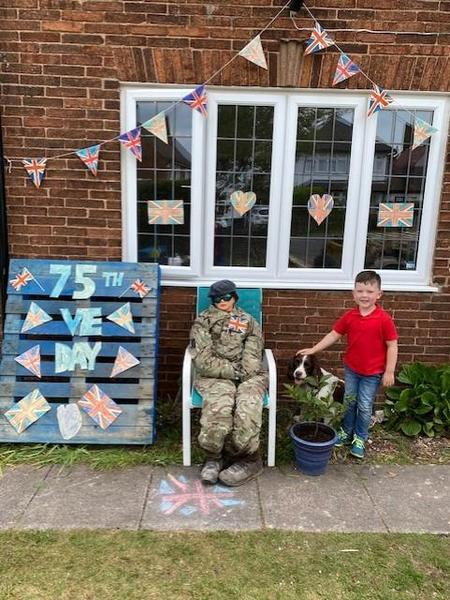 An amazing VE Day tribute