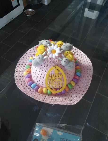 Decorating an Easter bonnet 🐥