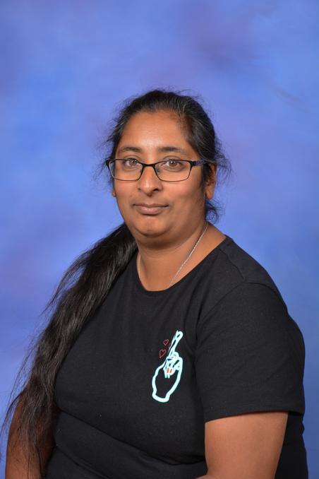Mrs D Kaur - Mid-day Assistant