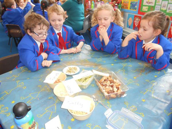 Year 1 Being Sensory Detectives!