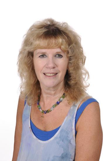 Mrs T Cross