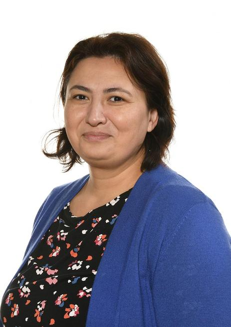 Mrs Dunareanu- Butterflies Key worker (Thurs/Fri)