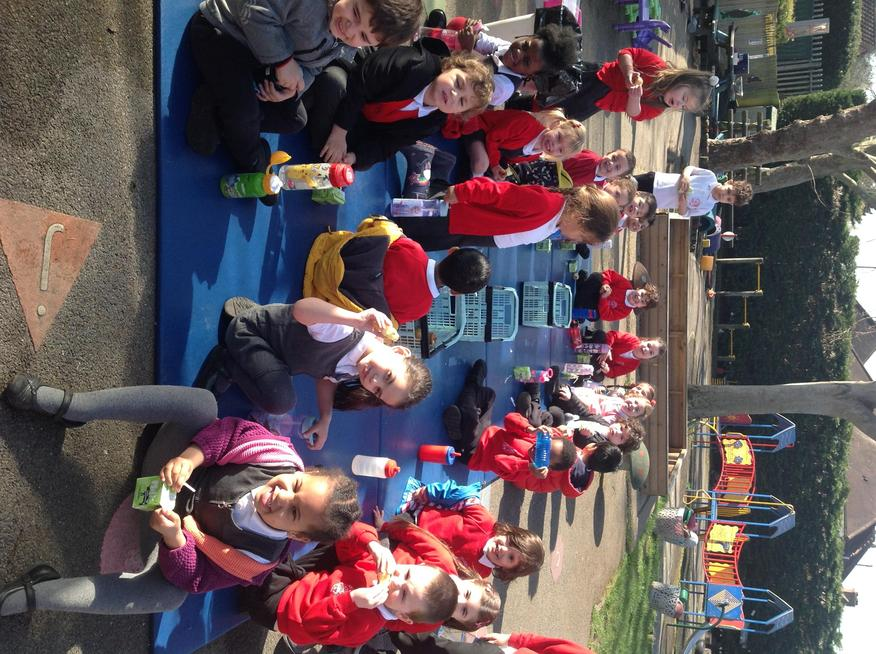 Nursery enjoyed snack time in the sunshine!