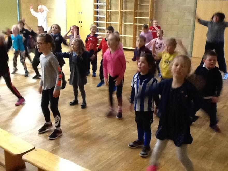 Children in Need '19   Working out with Joe Wicks