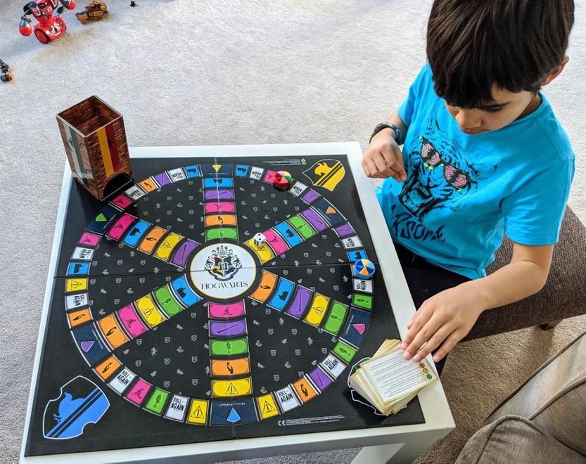 H playing trivial pursuit