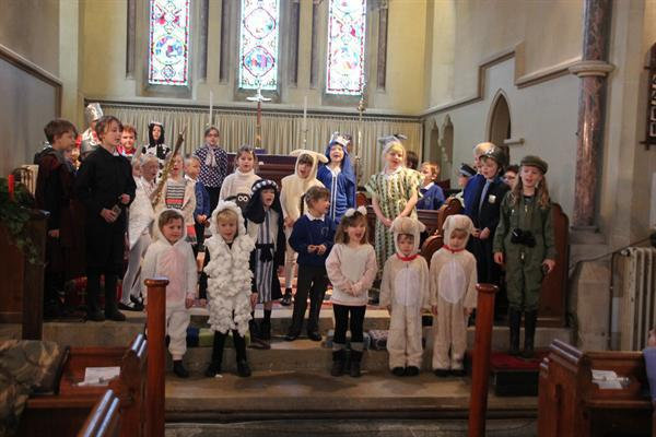 Straw and Order Nativity 2015