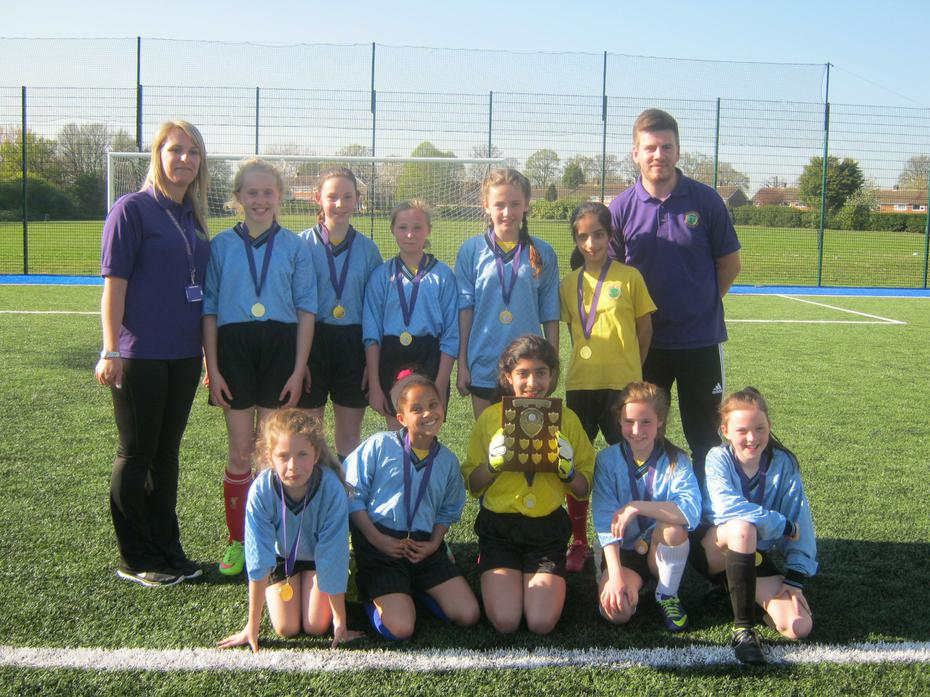 Girls Dacorum Football League Winners 2015