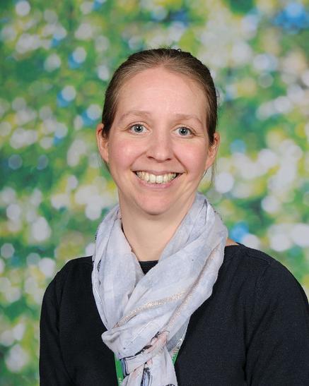 Mrs Darnley, Year Group Leader (Y3)