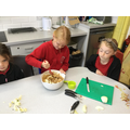 Y3 made an apple and honey roman cake for Apple Day.