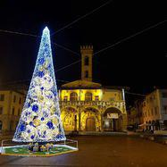 The square in Italy at Christmas.