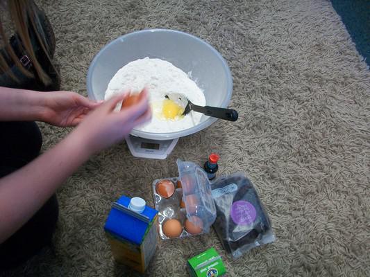 Making the traditional Italian cake La Fantoccia.