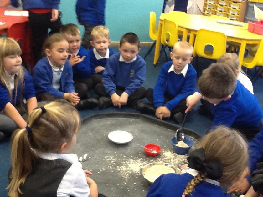How many spoons of porridge will each bowl hold?