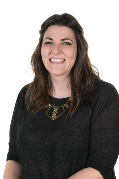Miss E Woods - Assistant Headteacher/Y6 Teacher