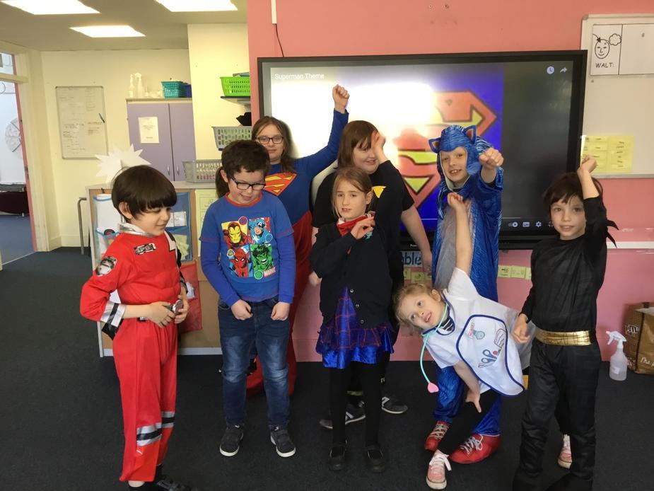 GROUP OF SUPER HEROS