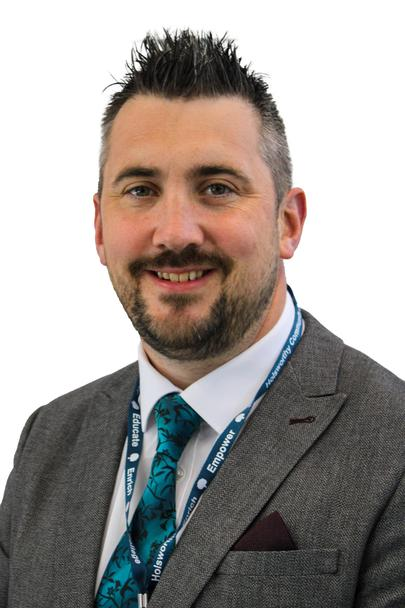 Mr Gareth Smith Associate Principal