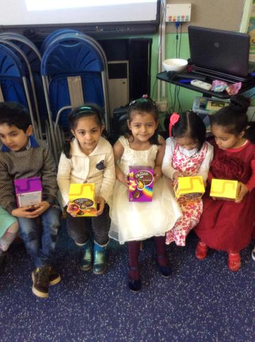 Mahi, Ruqayah, Fatema and Asyifa had lots of fun.