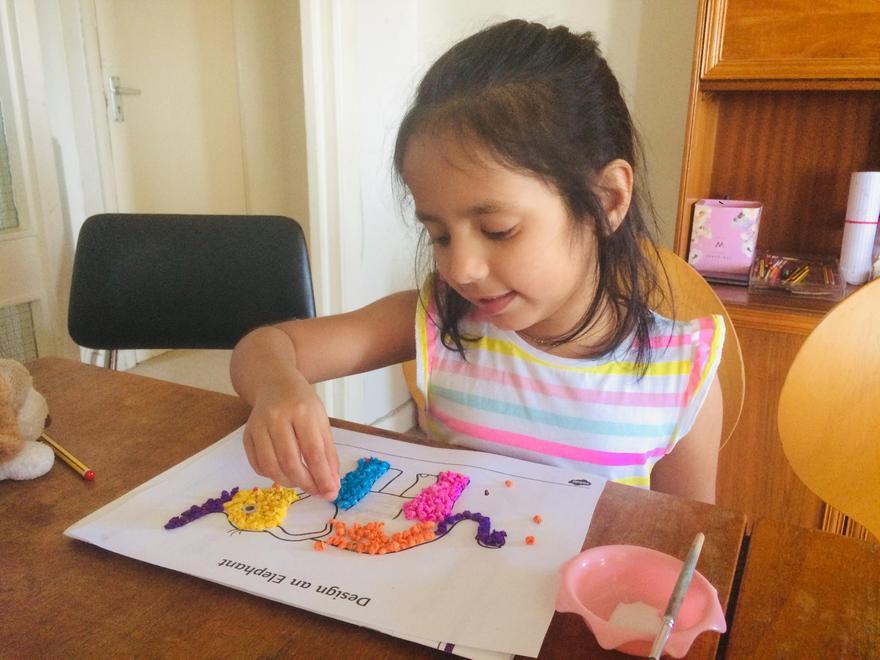 Tenuli making her Elmer picture