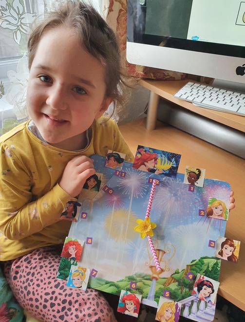 Goda's beautiful princess clock