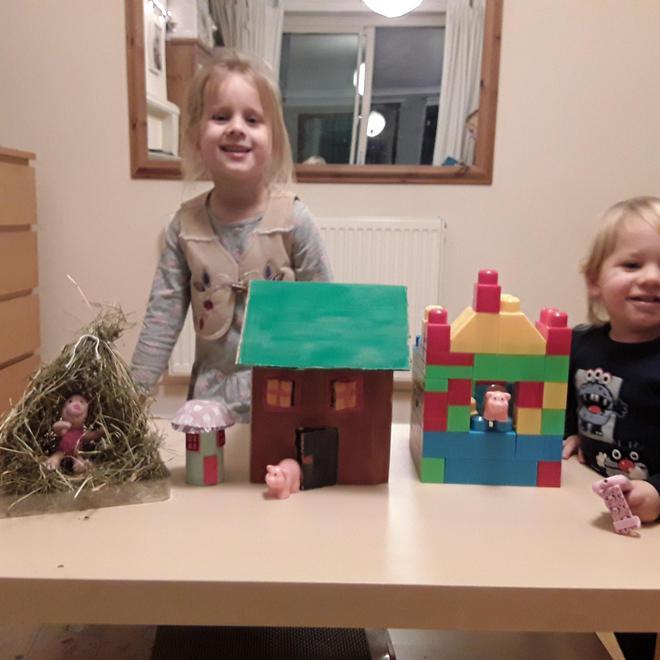 Jagoda - 3 little pigs' houses