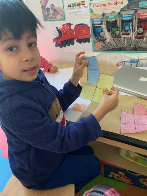 Mateo B learning about number bonds to 5