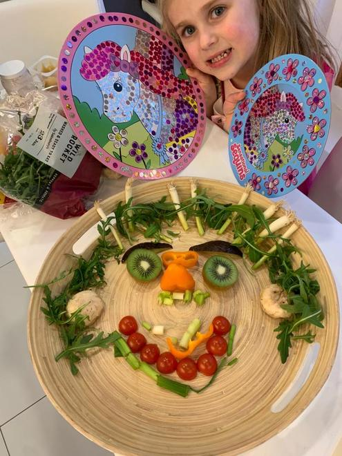 Kika's fruit and vegetable face
