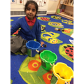 Adding objects into numbered buckets