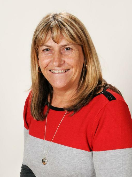 Mrs Hunter - Upper KS2 teaching assistant