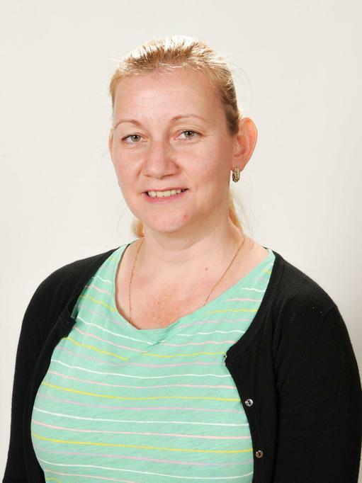 Miss Lazar - Upper KS2 teaching assistant