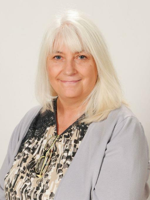 Mrs Puckett - Upper KS2 teaching assistant