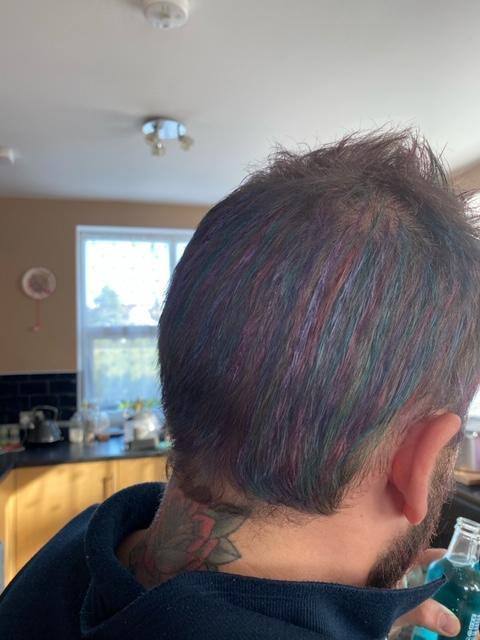 Billy Year 5 & Sheni Year 3 cut their Dad's hair