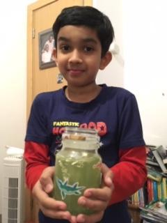 Rishi made his mindfulness jar.