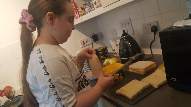 Jorgie Year 3 bread and butter pudding making
