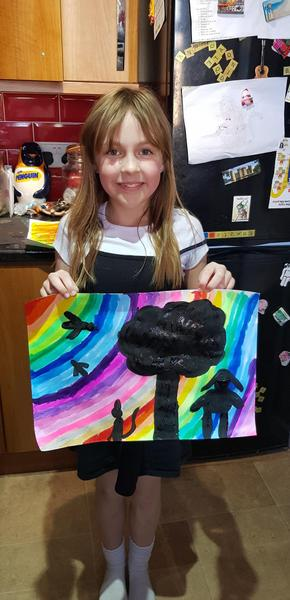 Sophie painted a great silhouette in her Art! Y3
