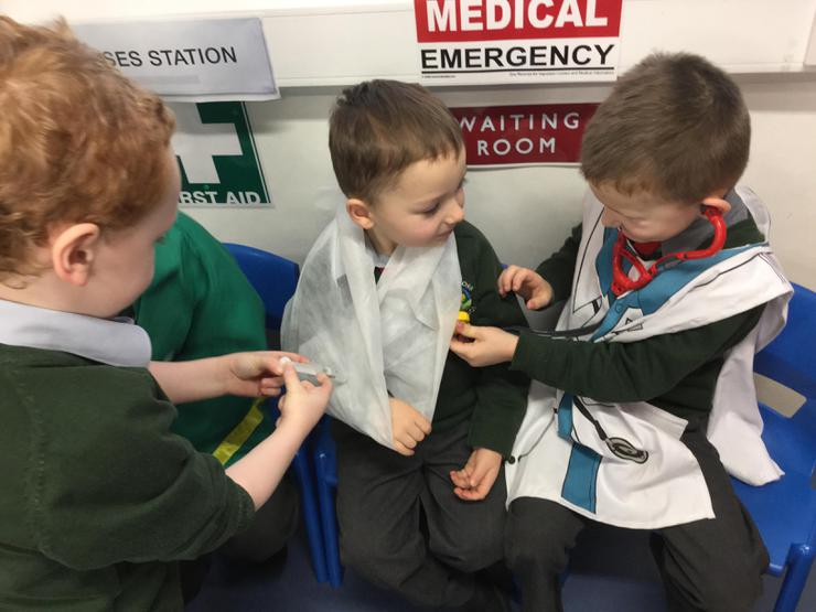 Conor and Lorcan helped mend Charlie's broken arm in our hospital.